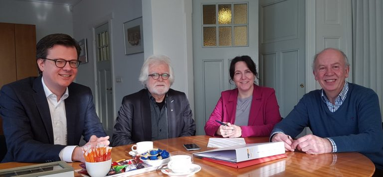 Platform Goudsberg, Middelpunt van Nederland officieel van start
